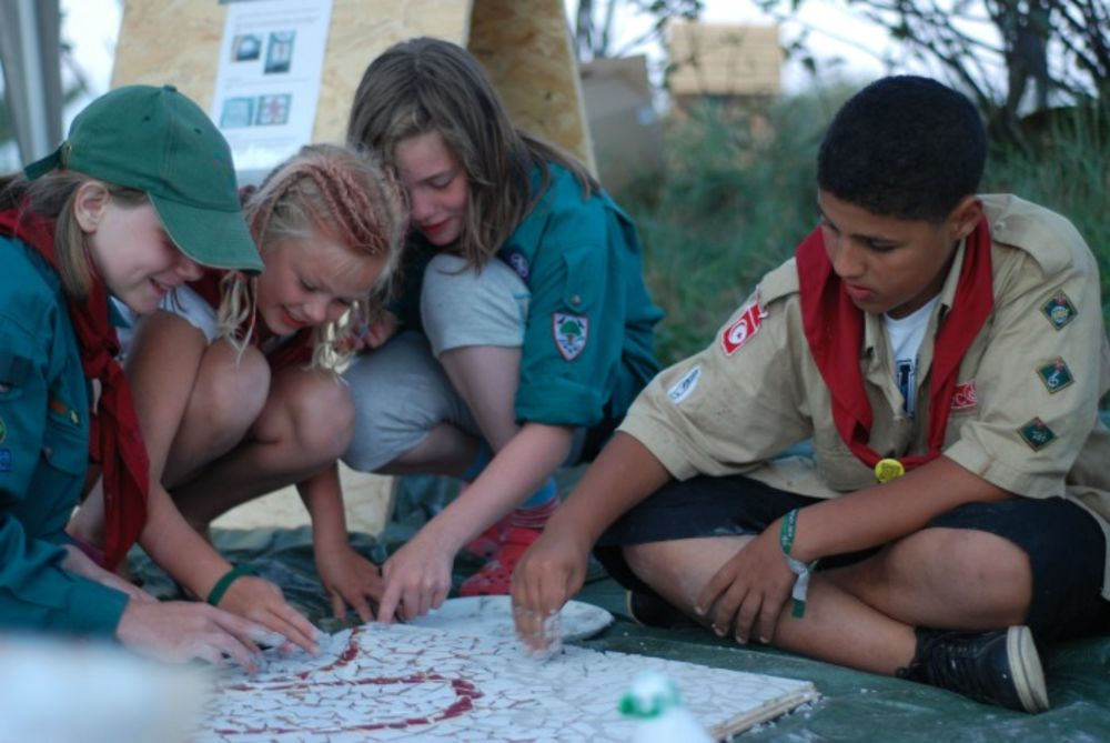 Scout activities across land borders